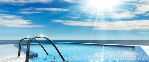 What's the Importance of Maintaining a Clean Swimming Pool?