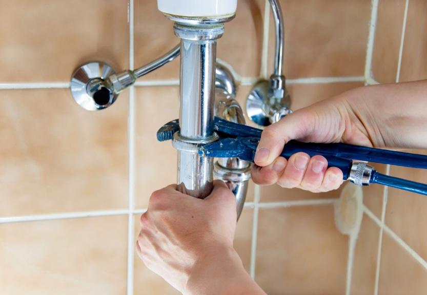 Reasons You Shouldn't Delay Plumbing Fixes