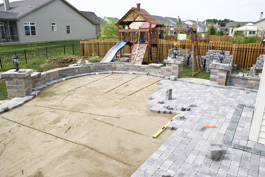 5 Things to Consider When Building a Patio