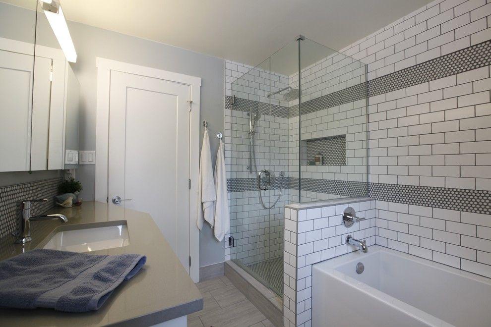 5 Design Hacks for Small Bathrooms